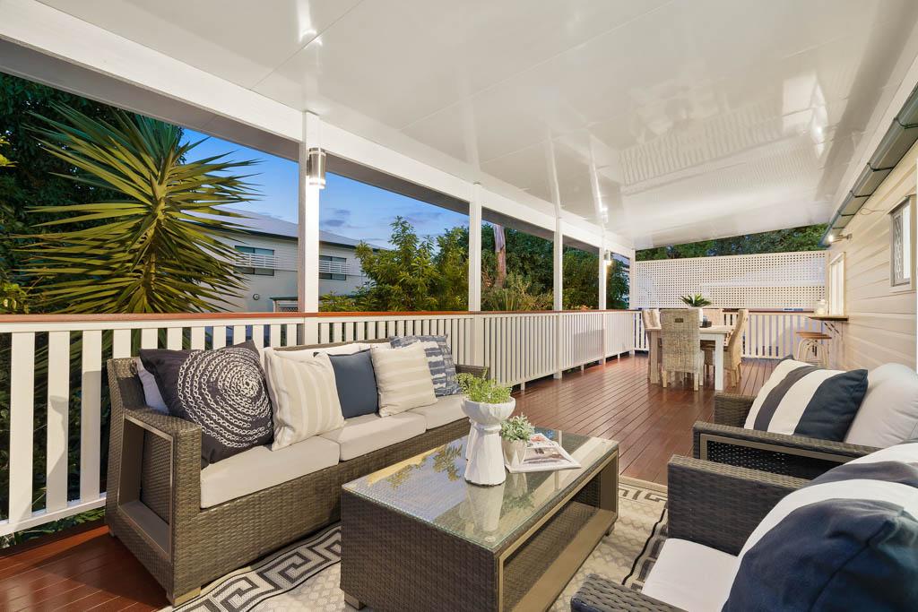 new deck by Bartlett Builders