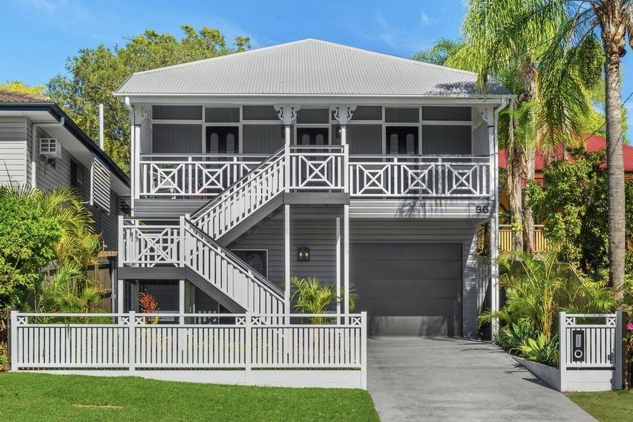 House Raise & Build Under Taringa